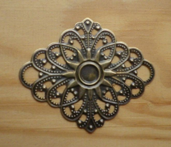 8 x Antique filigree centres 47x40mm Jewelery wooden box embellishment aged C084